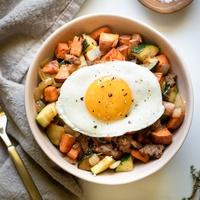 Sweet Potato Breakfast Hash Bowls